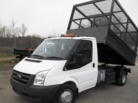Man and a van hire from Redditch Skip Hire